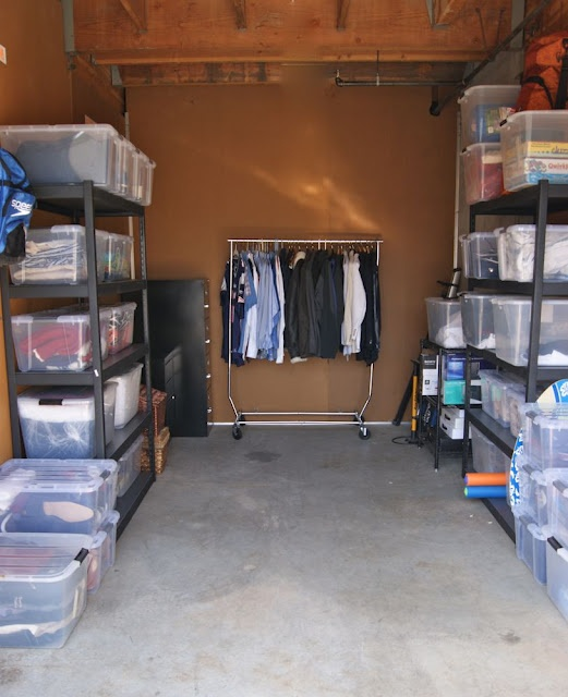& Packing a Storage Unit